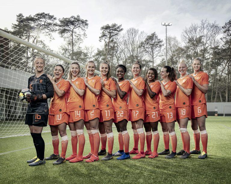 vk magazine Dames voetbal 1